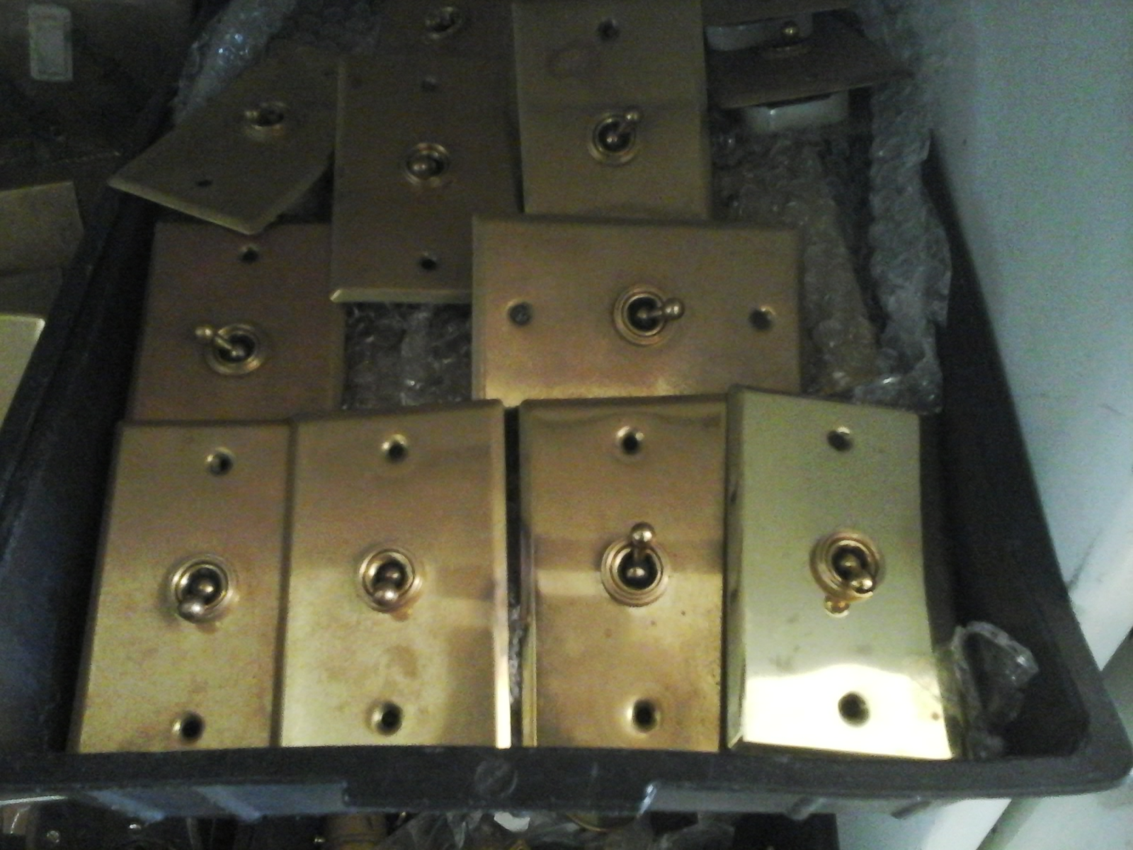 old-porcelain-light-switches